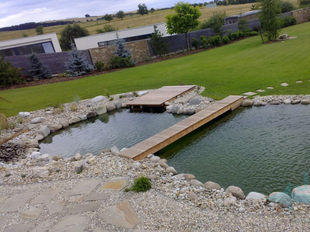 Refreshing water area in the garden