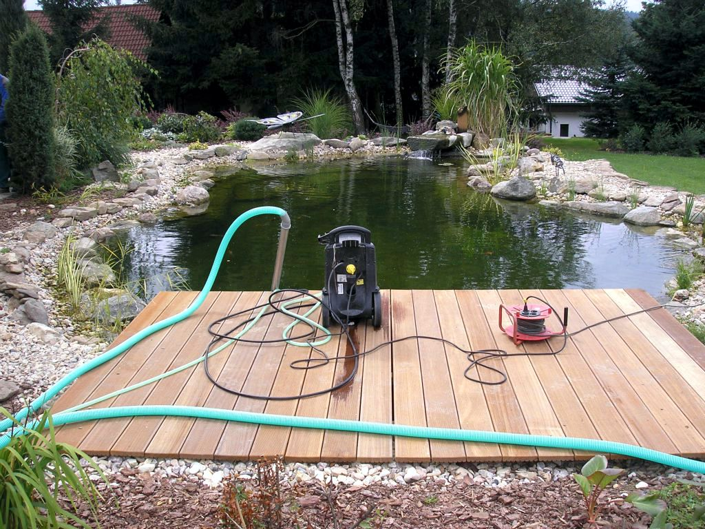 Care of water areas, fountains and fountains