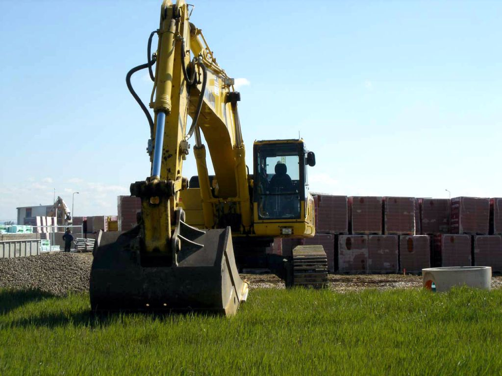 We provide large excavations with the appropriate equipment