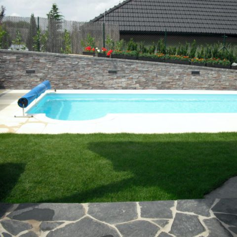 Stone paving with combination of artificial tiles in Kralupy